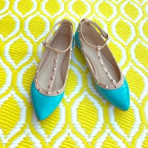 BCBGeneration flats with studs
